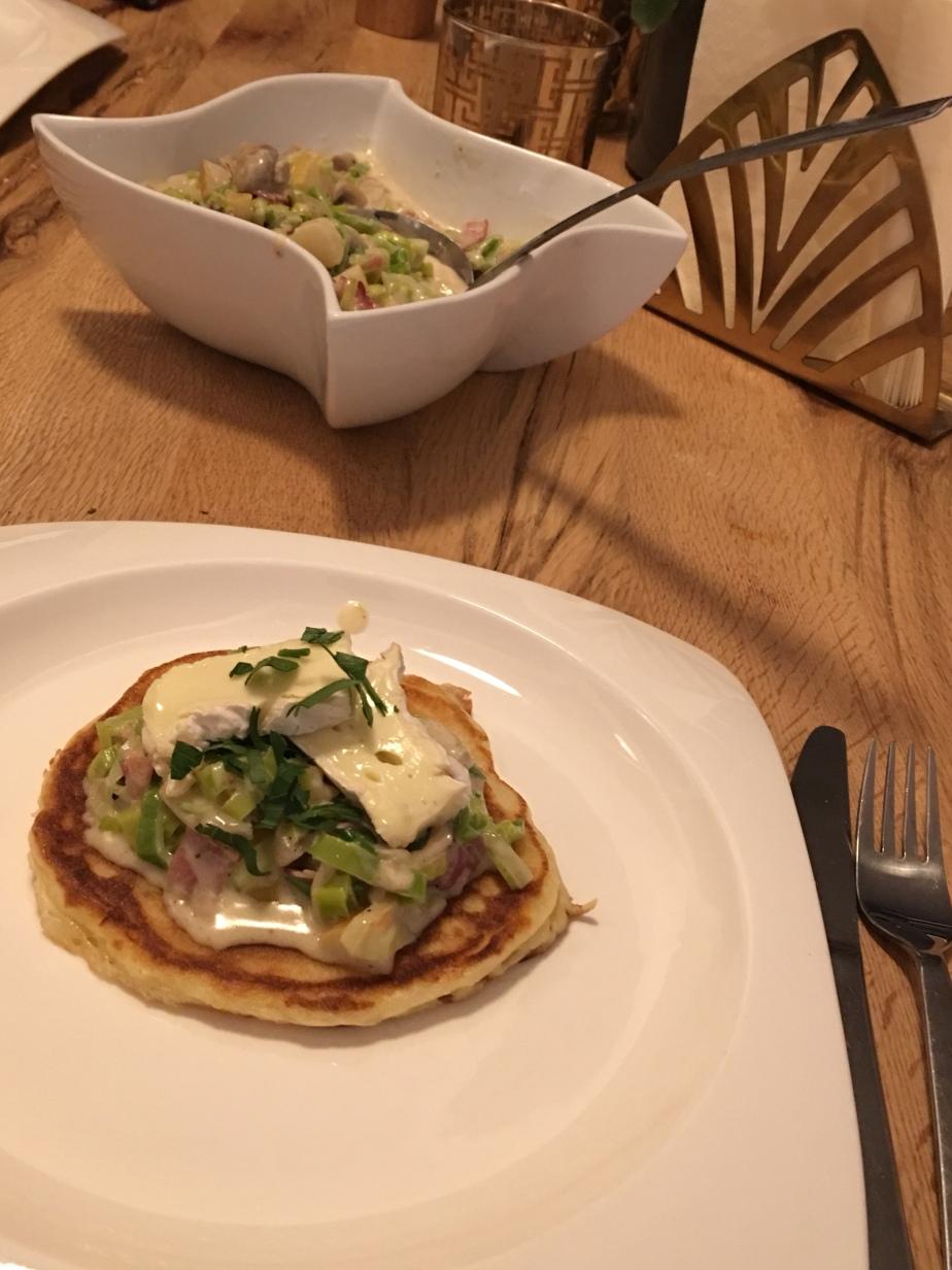 Kartoffel Pancakes mit Champignons-Porree-Birne