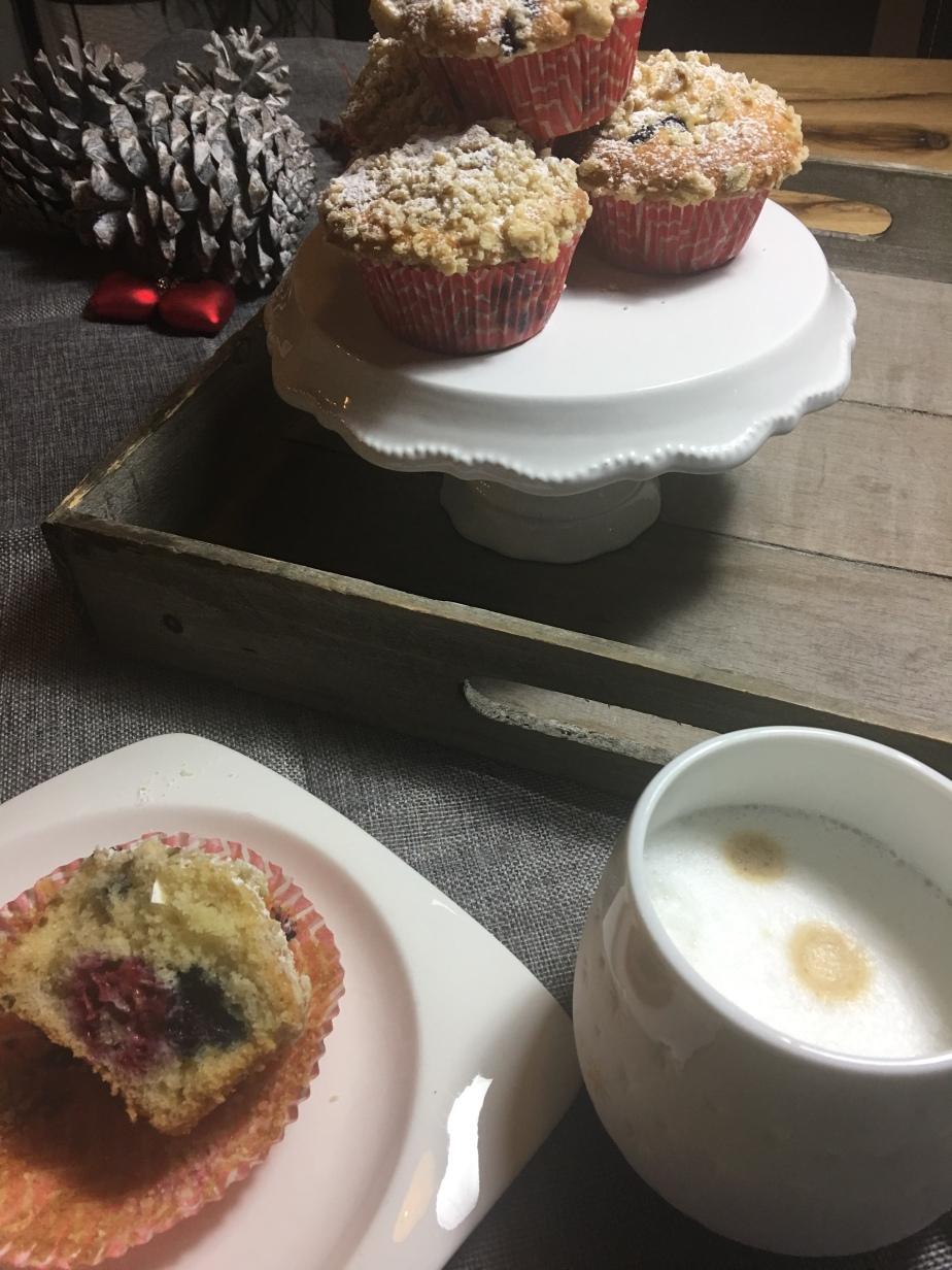 Blaubeeren Muffins mit HaferflockenStreusel