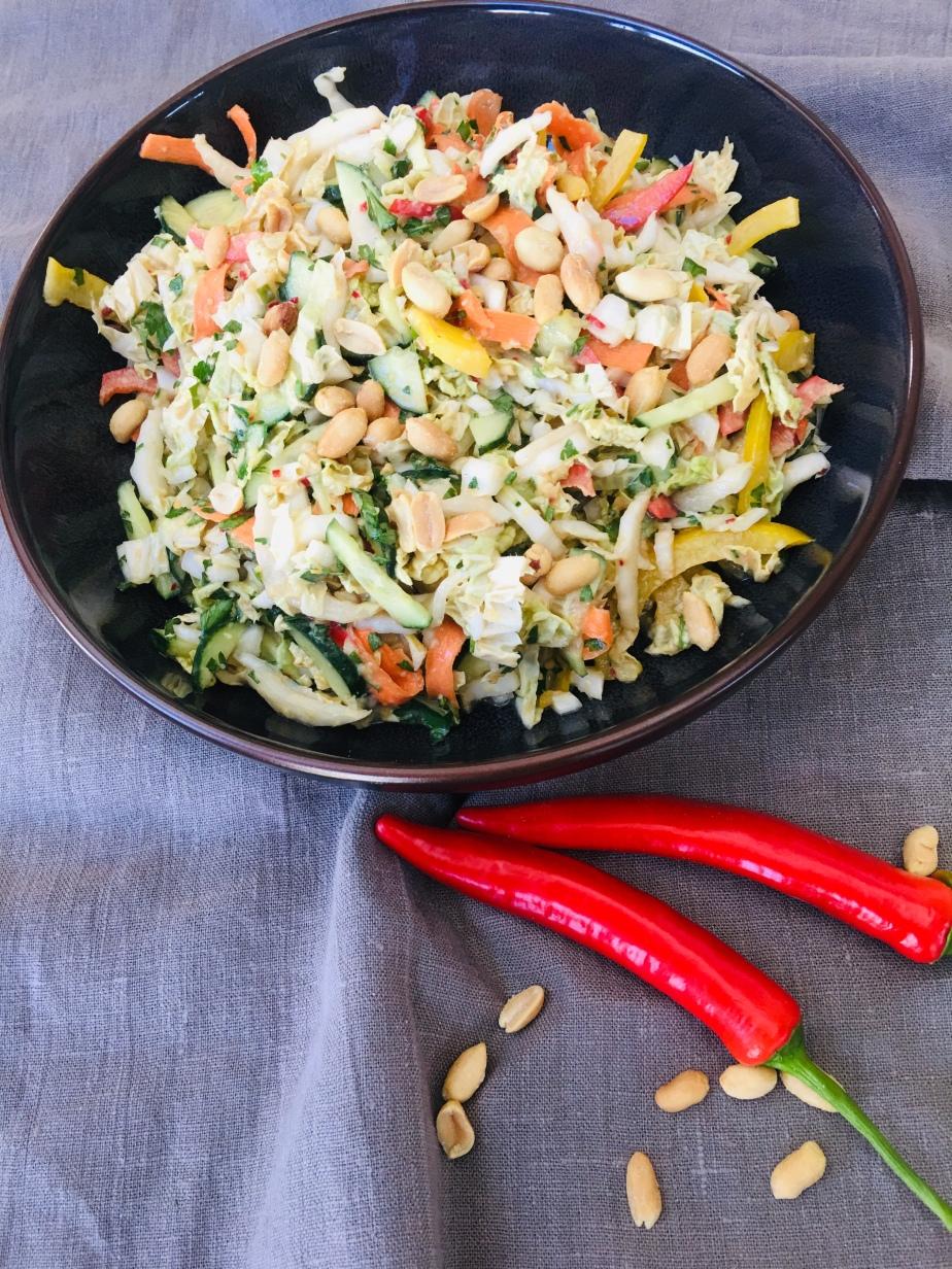himmlischer Chinakohl/Erdnuss/Ingwer Salat