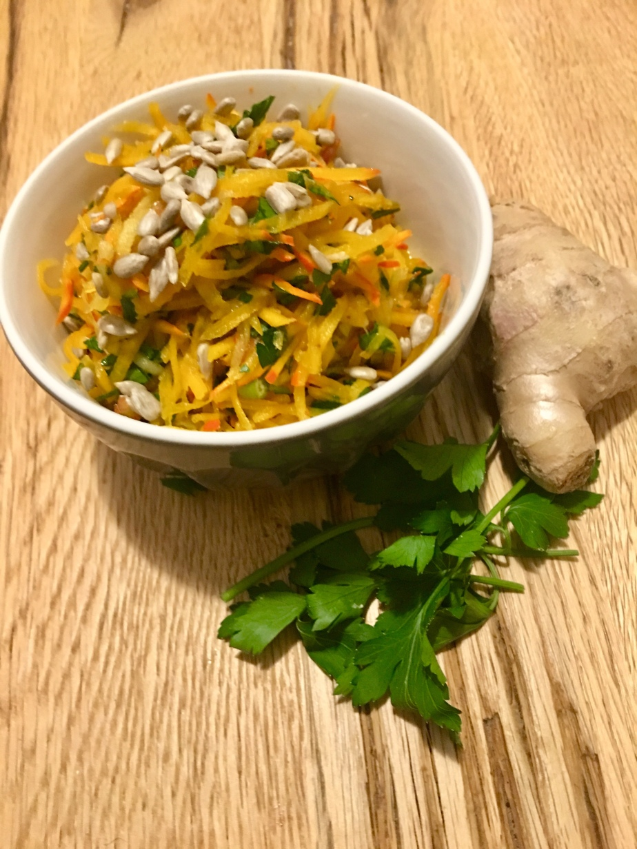 Kürbis Salat Mit gerösteten SonnenblumenKernen