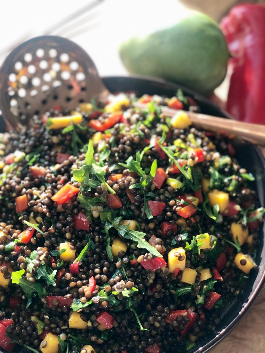 Beluga Linsen Salat mitMango